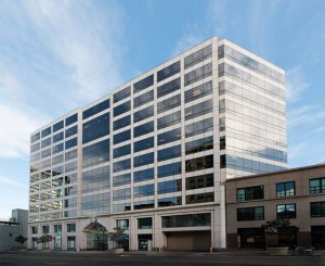pacific-workplaces-oakland-building-exterior