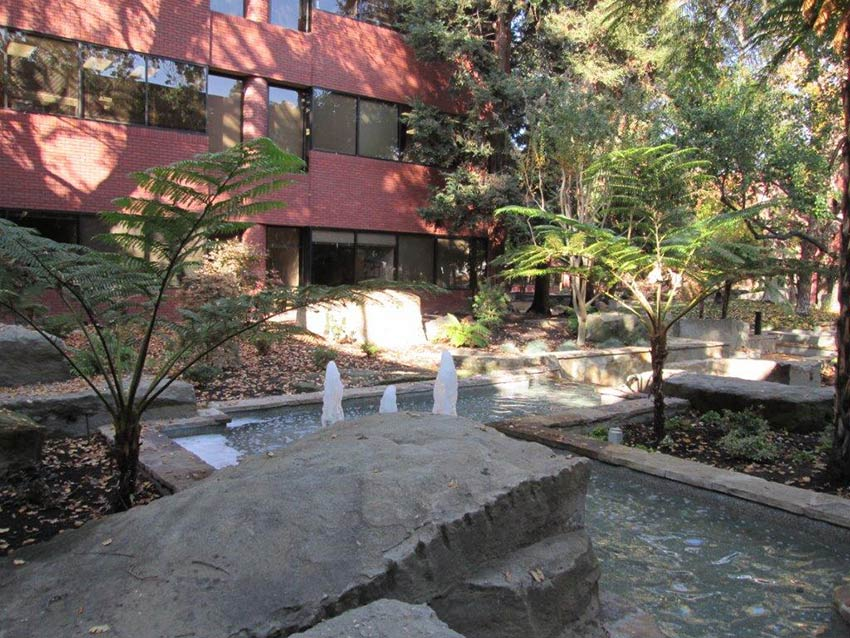 Pacific Workplaces Pleasant Hill Building Courtyard