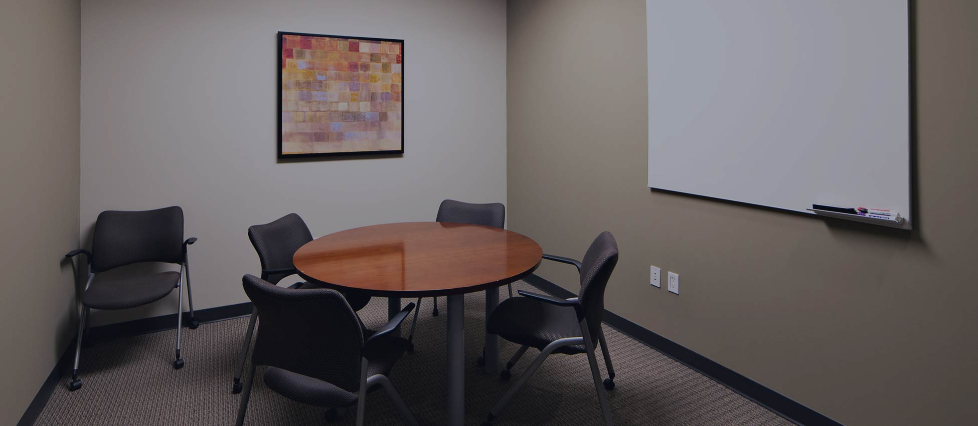 pacific-workplaces-carlsbad-office-space-small-meeting-room