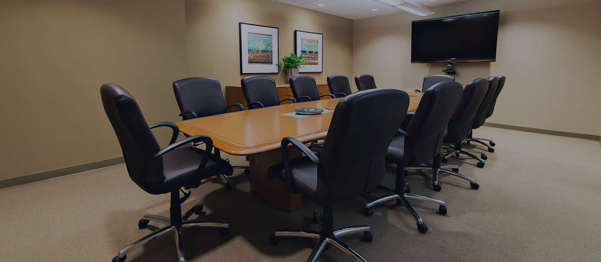 pacific-workplaces-walnut-creek-office-space-boardroom