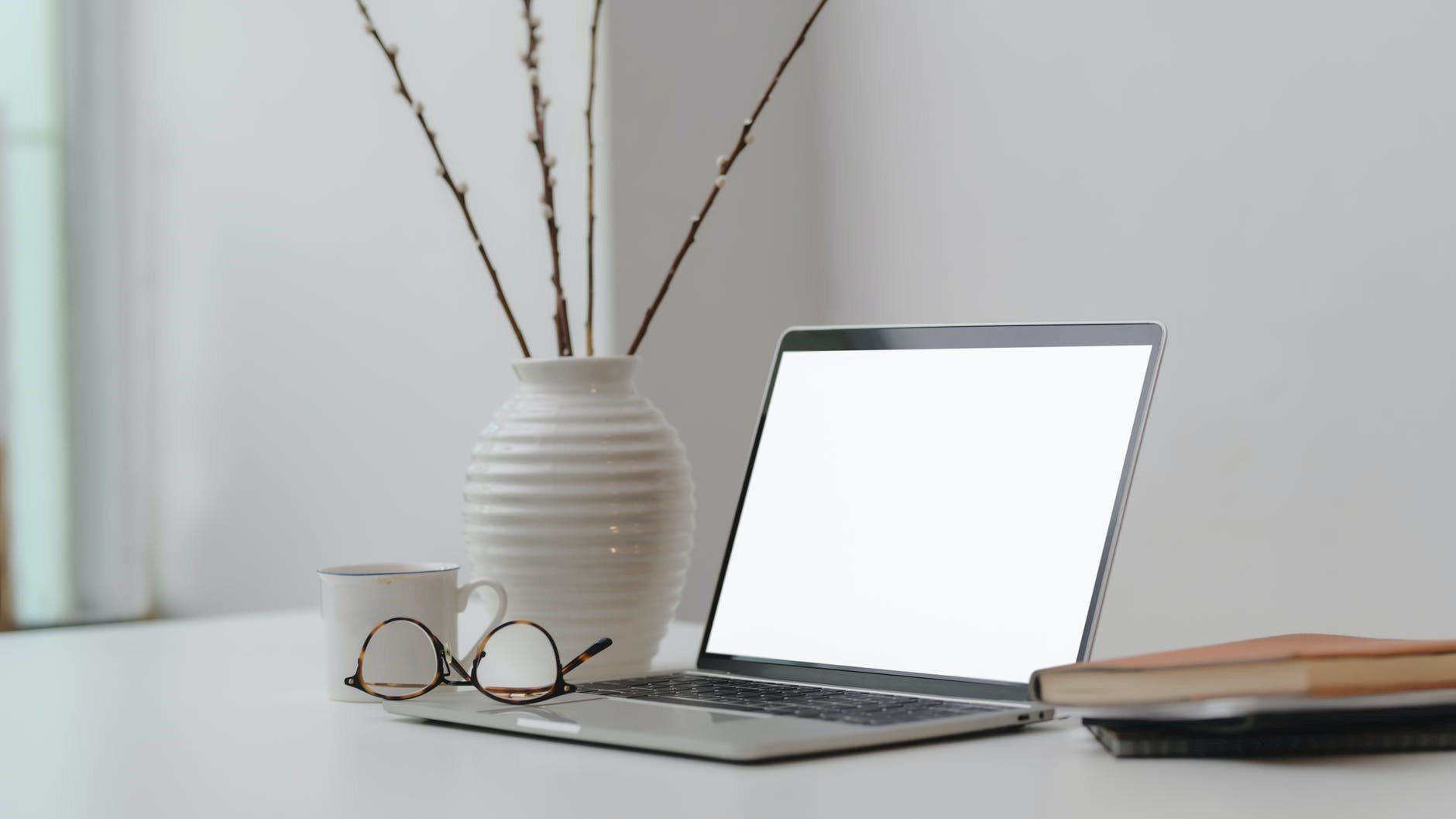 Work from home productivity tips uncluttered workspace | Pacific Workplaces