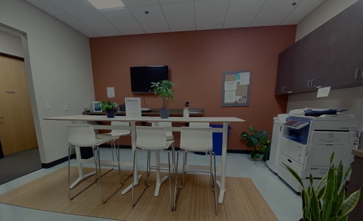 Sacramento Greenhaven Business Lounge | Pacific Workplaces